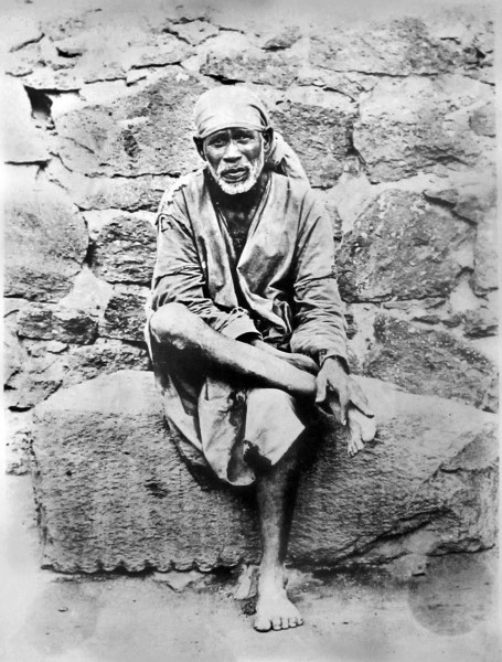 sai-baba-on-stone-the-best